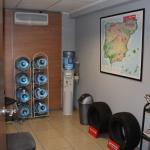 Sala de espera del primer taller en Ribarroja, Valencia.